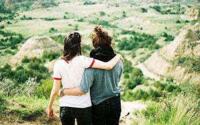 Bạn là ai không quan trọng, quan trọng là bạn ở cùng với ai